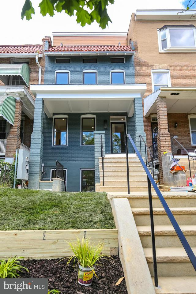 Additional photo for property listing at 1303 SPRING RD NW #1 1303 SPRING RD NW #1 Washington, Distretto Di Columbia 20010 Stati Uniti