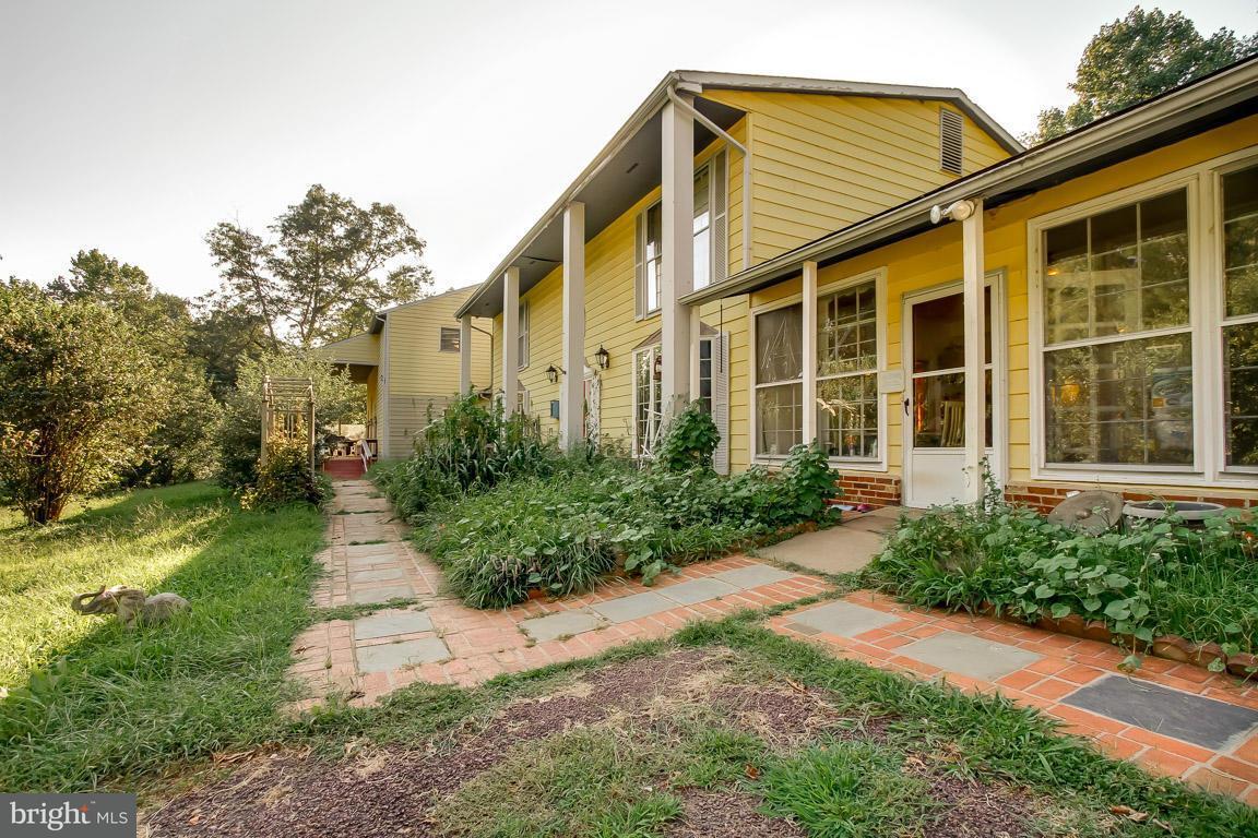 Einfamilienhaus für Verkauf beim 5541 SPERRYVILLE PIKE 5541 SPERRYVILLE PIKE Boston, Virginia 22713 Vereinigte Staaten