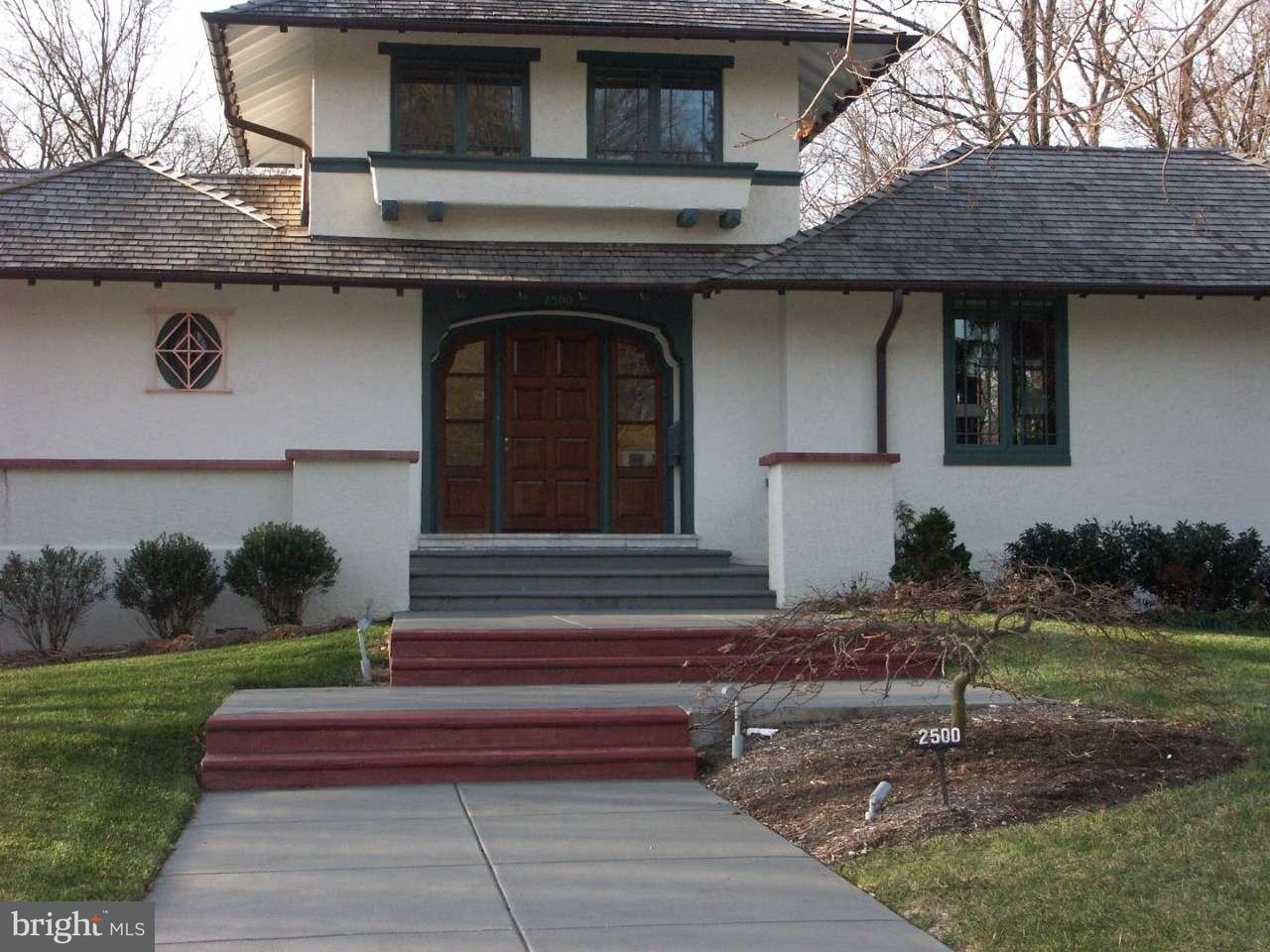 独户住宅 为 销售 在 2500 W 17TH Street 威明顿市, 特拉华州 19806 美国