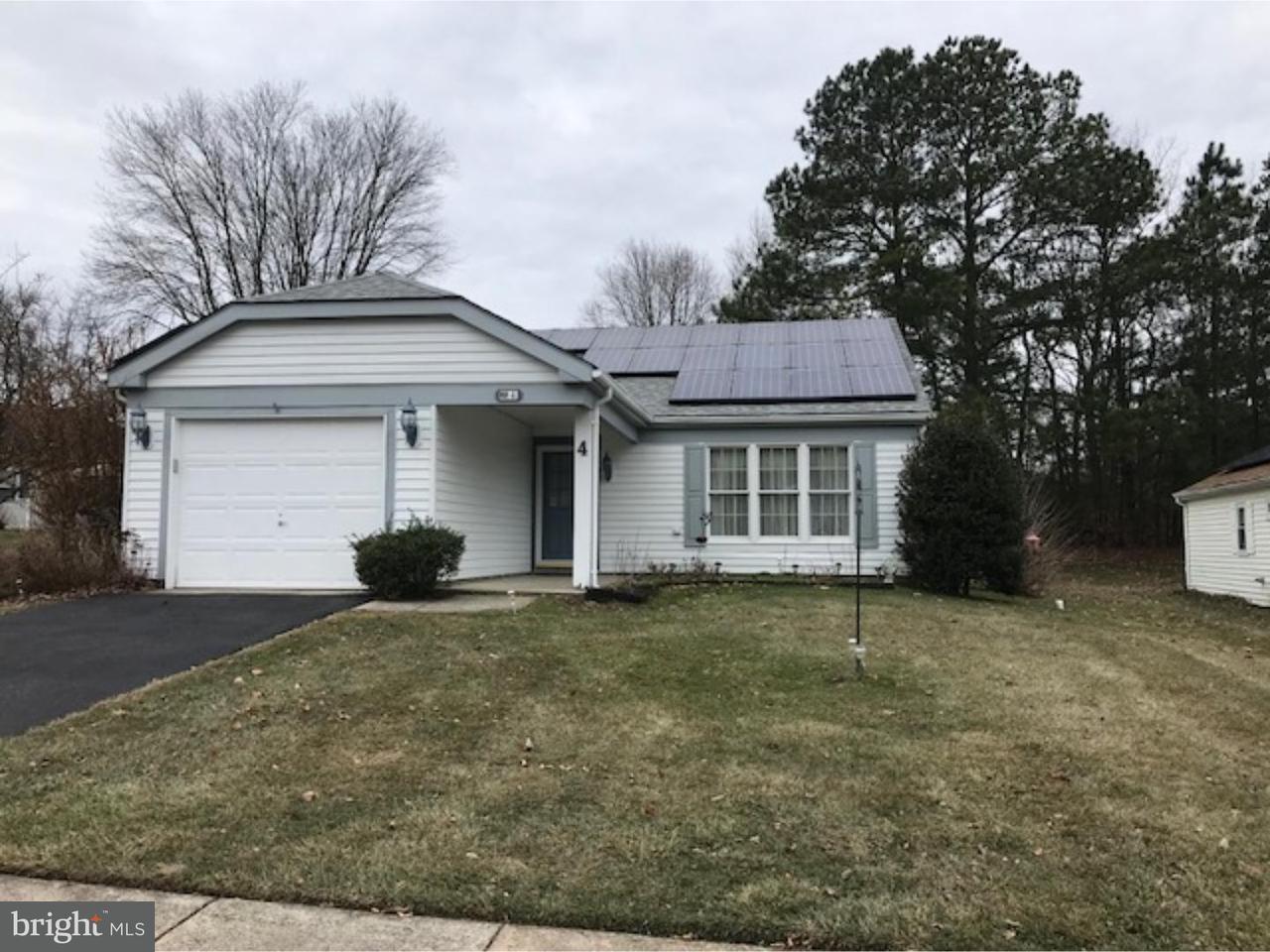 独户住宅 为 销售 在 4 STAMFORD Place Southampton, 新泽西州 08088 美国
