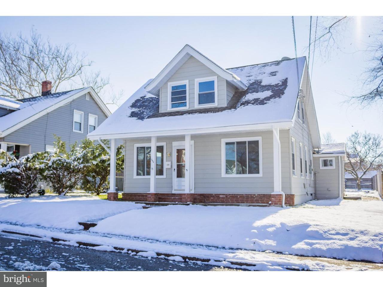 Maison unifamiliale pour l Vente à 644 WASHINGTON Street Gibbstown, New Jersey 08027 États-Unis