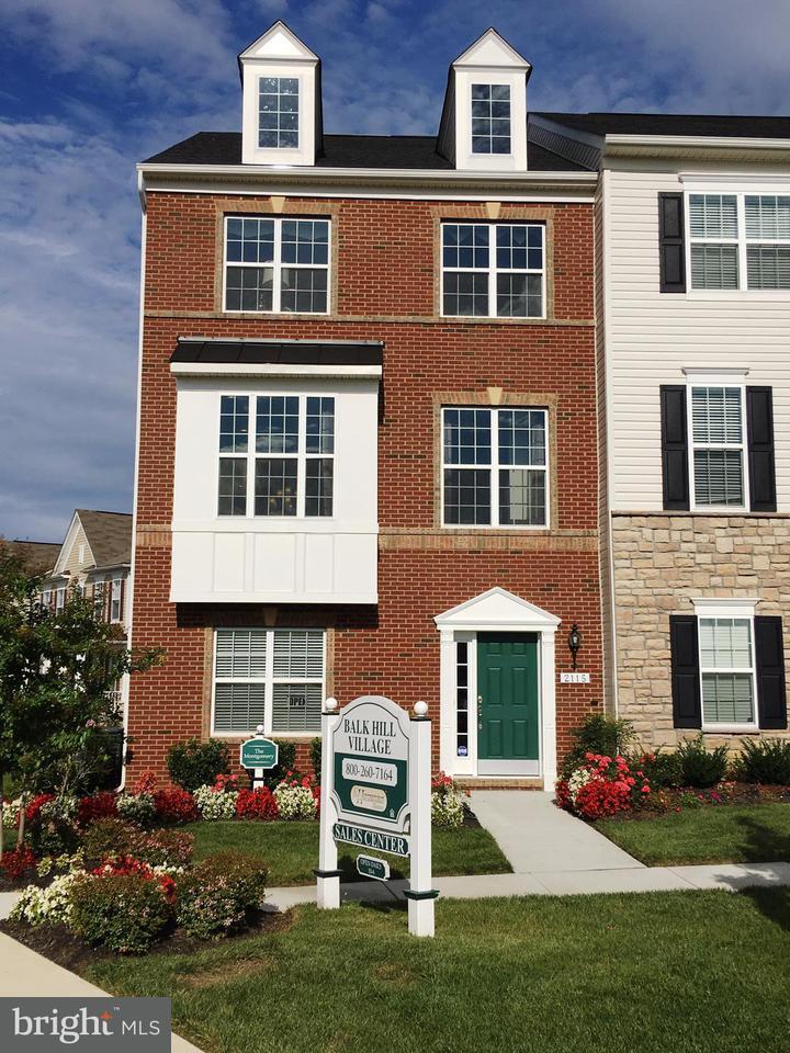 Stadthaus für Verkauf beim 2115 St Josephs Drive 2115 St Josephs Drive Mitchellville, Maryland 20721 Vereinigte Staaten