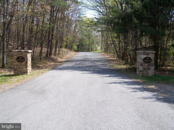 Land for Sale at Off Us 522 Dr Berkeley Springs, West Virginia 25411 United States