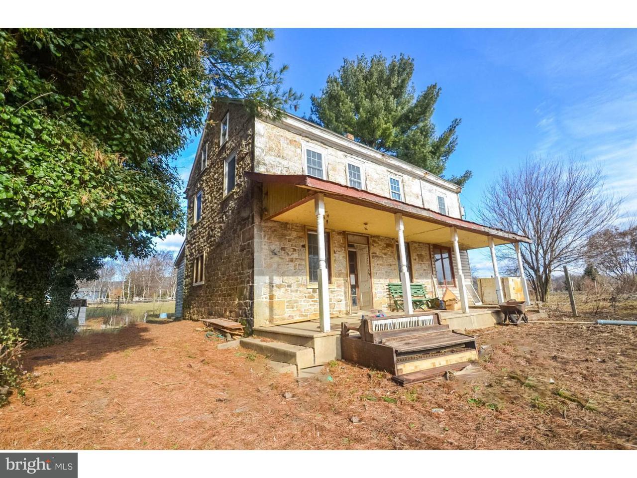独户住宅 为 销售 在 440 SCHUBERT Road Bethel, 宾夕法尼亚州 19507 美国