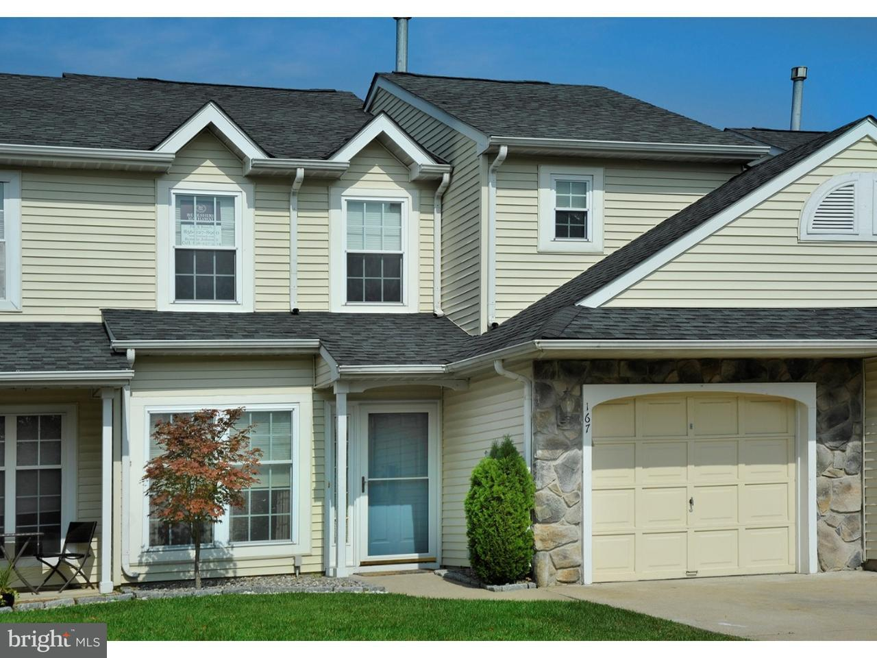 联栋屋 为 销售 在 167 KERRY LYNN Court Williamstown, 新泽西州 08094 美国在/周边: Monroe Township