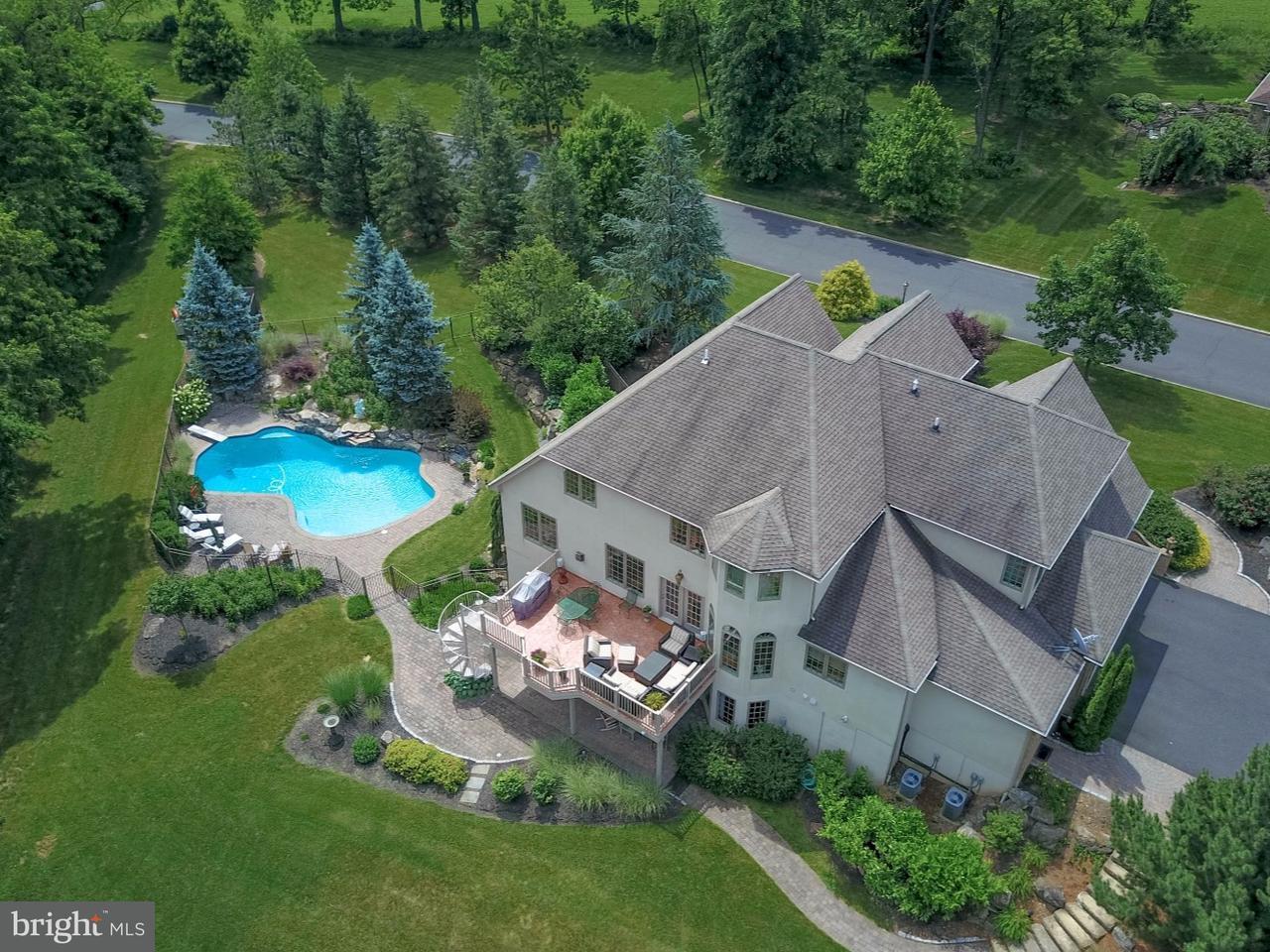 Casa Unifamiliar por un Venta en 5920 LORI Court Center Valley, Pennsylvania 18034 Estados Unidos