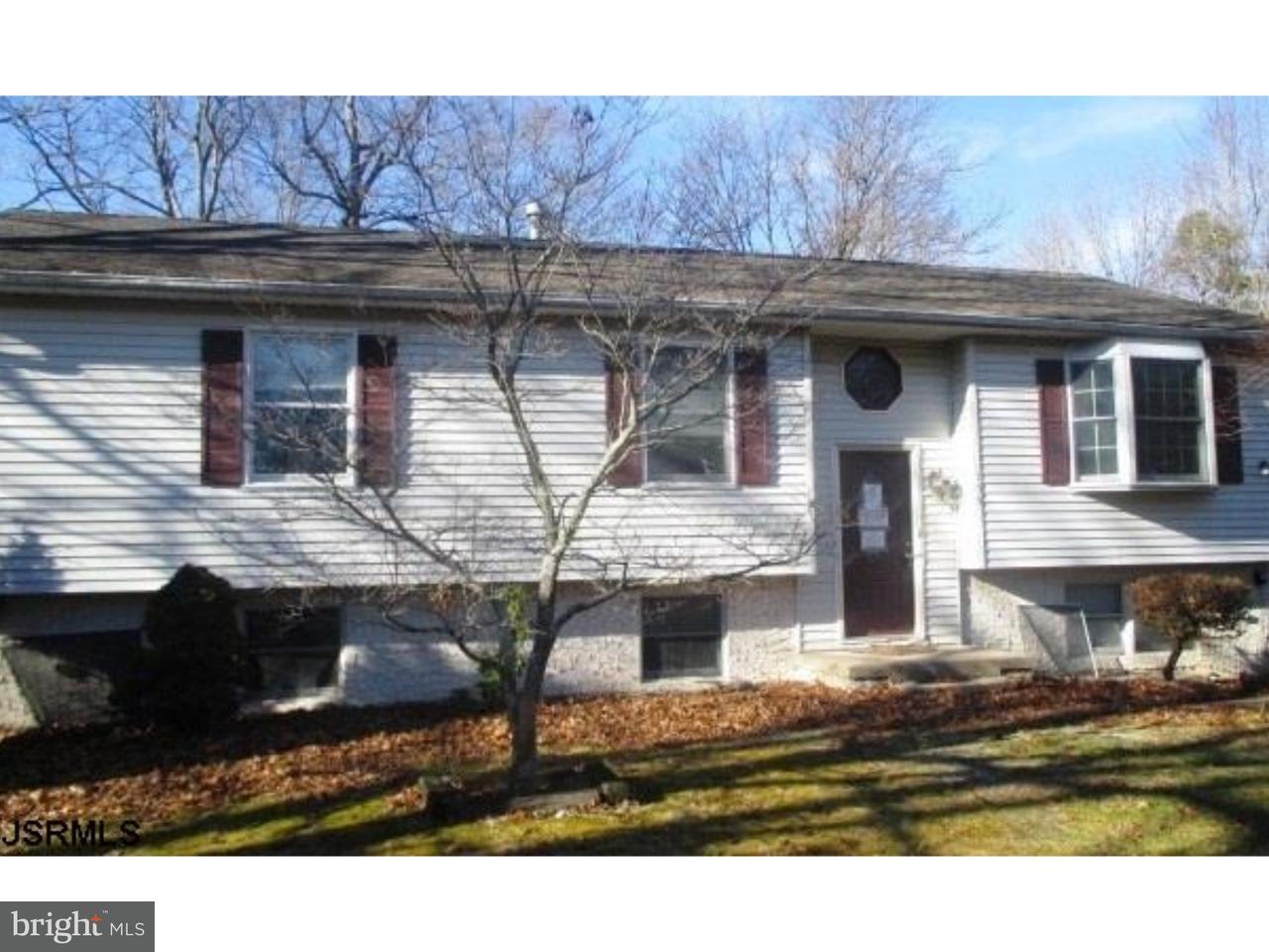 Частный односемейный дом для того Продажа на 109 THOMAS Avenue Newtonville, Нью-Джерси 08346 Соединенные Штаты