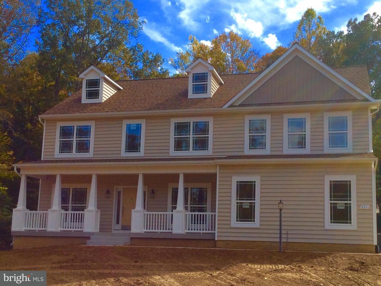 Casa Unifamiliar por un Venta en 231 MOUNT HOPE CHURCH Road 231 MOUNT HOPE CHURCH Road Stafford, Virginia 22554 Estados Unidos