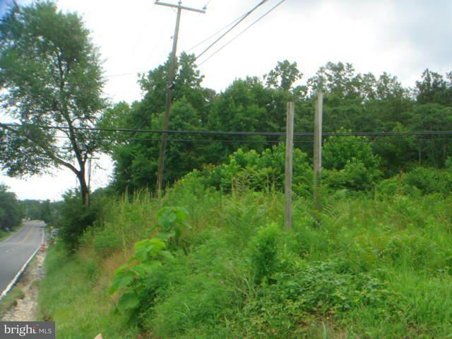 Additional photo for property listing at 202 Cambridge St  Fredericksburg, Virginia 22405 United States