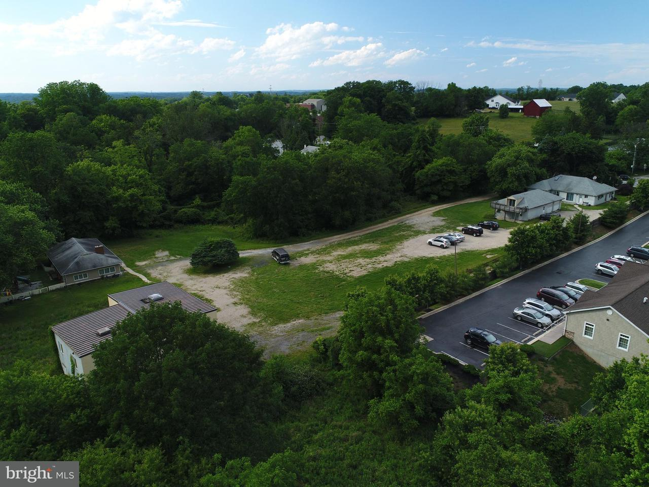 Additional photo for property listing at 4852 MONTGOMERY Road 4852 MONTGOMERY Road Ellicott City, Maryland 21043 Vereinigte Staaten