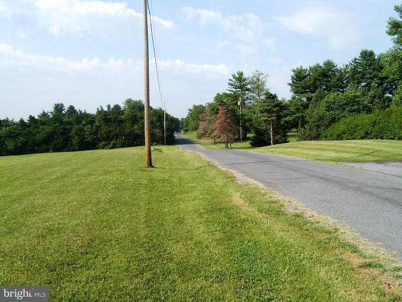 Additional photo for property listing at 15 TIMBER Lane 15 TIMBER Lane Harpers Ferry, West Virginia 25425 Estados Unidos