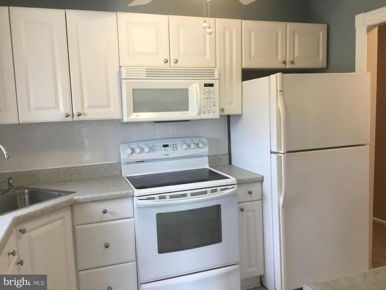 Townhouse for Rent at 21-8 FLORENCE TOLLGATE Place Florence, New Jersey 08518 United States