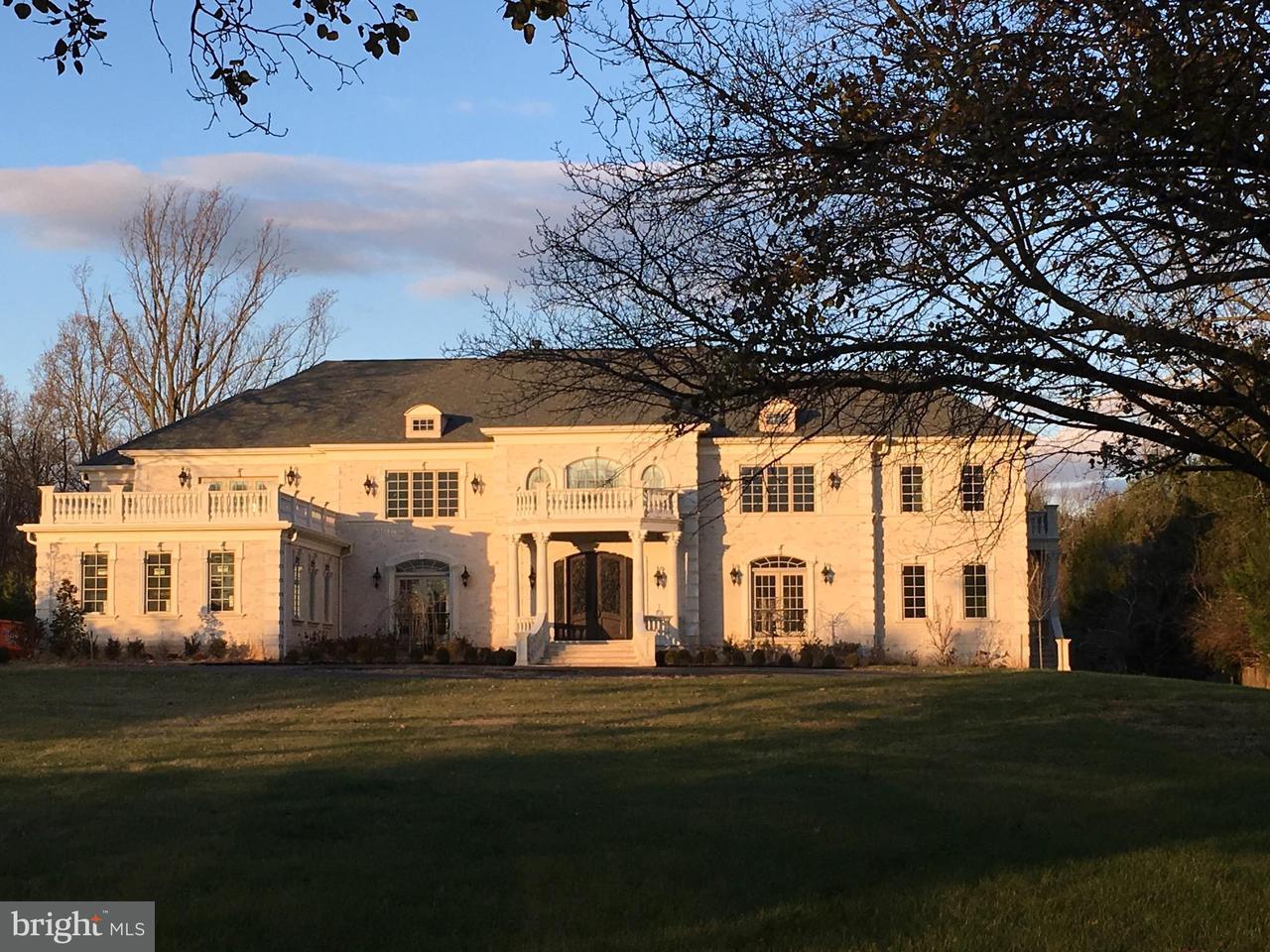 Einfamilienhaus für Verkauf beim 9616 GEORGETOWN PIKE 9616 GEORGETOWN PIKE Great Falls, Virginia 22066 Vereinigte Staaten