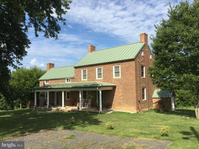 Granja por un Venta en 40950 SIMPSON FARM Lane 40950 SIMPSON FARM Lane Lovettsville, Virginia 20180 Estados Unidos
