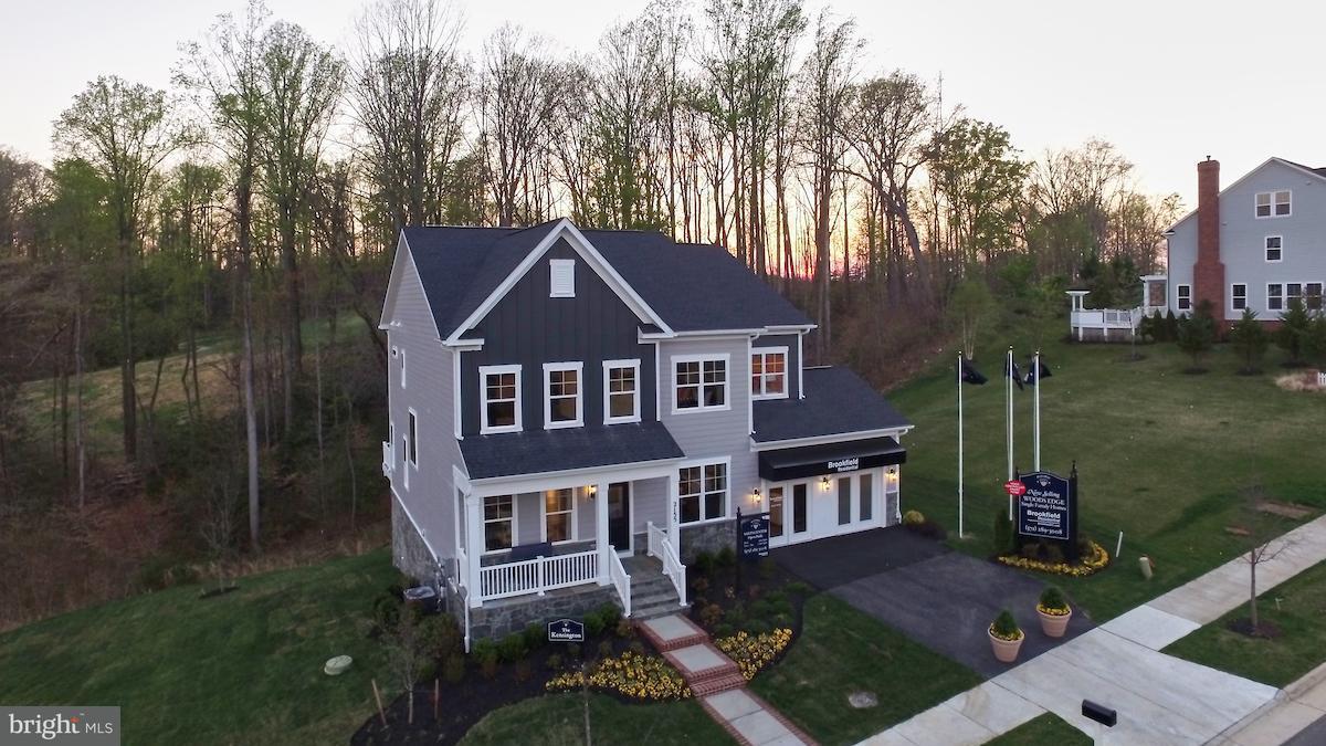 Single Family Home for Sale at 2155 POTOMAC RIVER BLVD 2155 POTOMAC RIVER BLVD Dumfries, Virginia 22026 United States