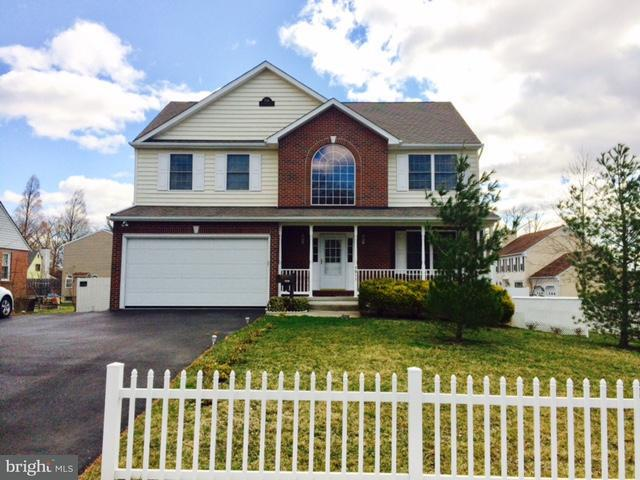 Maison unifamiliale pour l Vente à 7911 WESTMORELAND Avenue 7911 WESTMORELAND Avenue Parkville, Maryland 21234 États-Unis