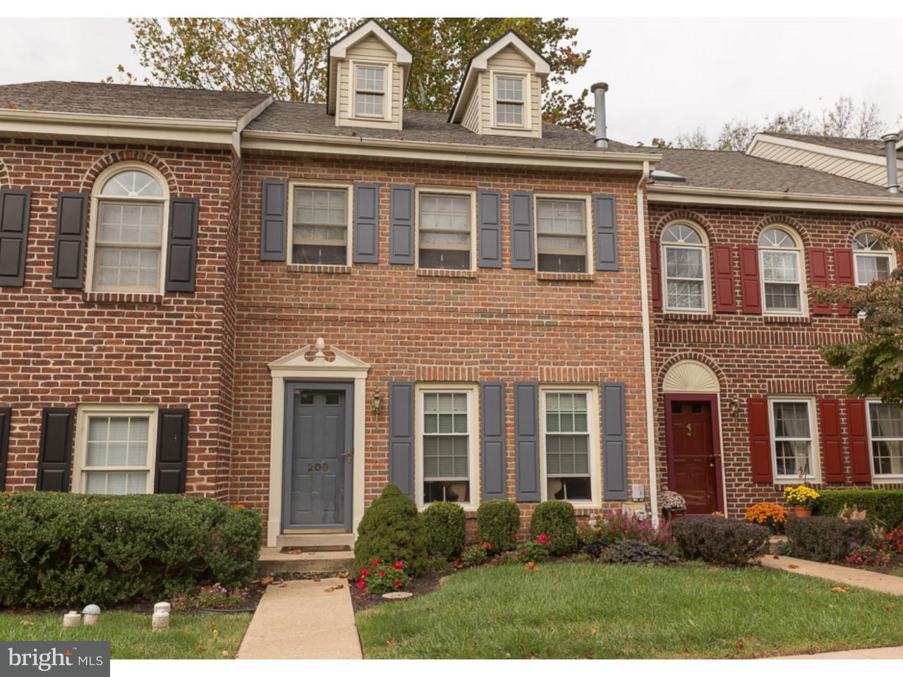联栋屋 为 出租 在 209 GEORGETOWN Court Royersford, 宾夕法尼亚州 19468 美国