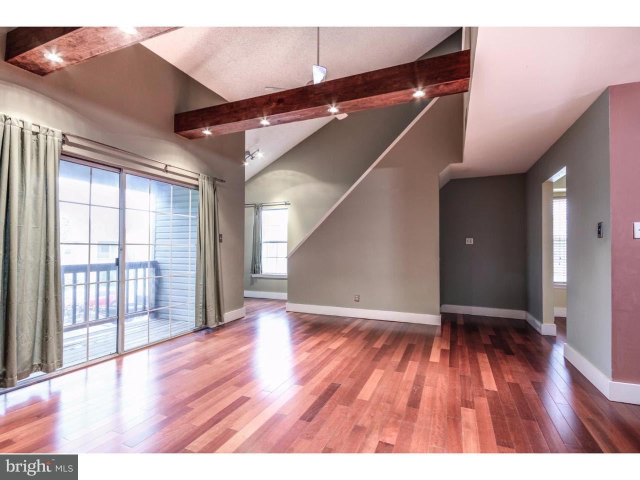 共管式独立产权公寓 为 出租 在 1006 BRIARWOOD Court Sewell, 新泽西州 08080 美国