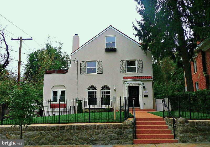 Single Family Home for Sale at 1620 UNDERWOOD ST NW 1620 UNDERWOOD ST NW Washington, District Of Columbia 20012 United States
