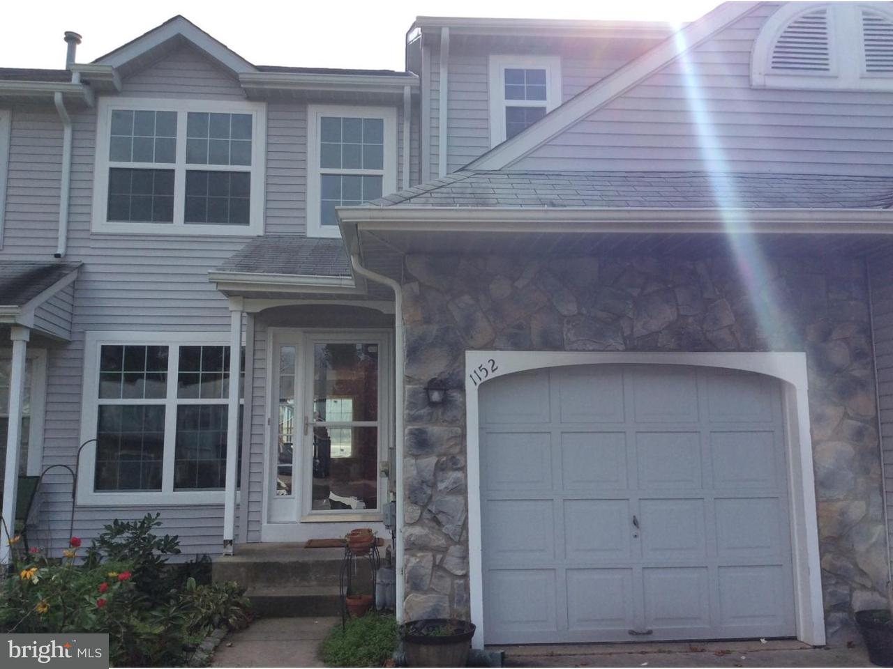 联栋屋 为 销售 在 1152 DUBLIN Court Williamstown, 新泽西州 08094 美国在/周边: Monroe Township