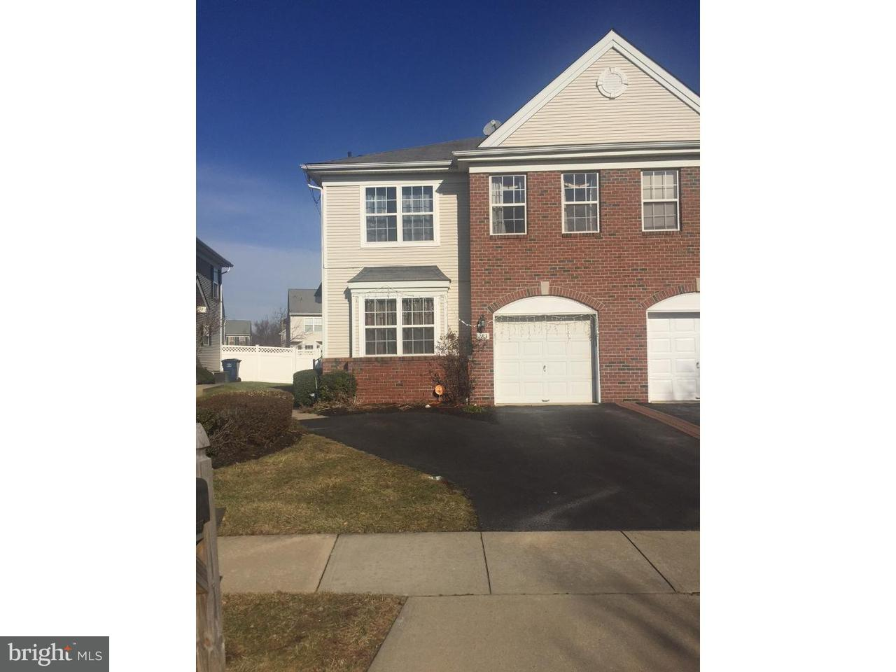 Maison accolée pour l à louer à 283 FOUNTAYNE Lane Lawrenceville, New Jersey 08648 États-UnisDans/Autour: Lawrence Township