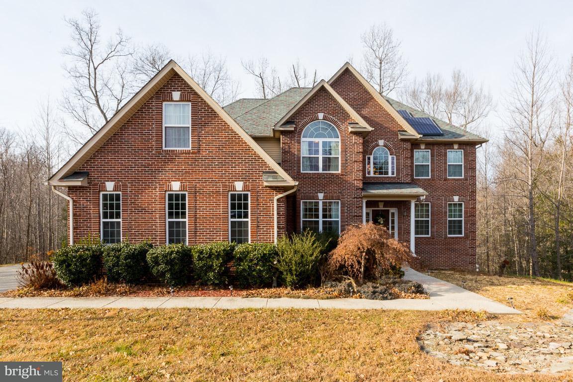 Частный односемейный дом для того Продажа на 7625 COATBRIDGE Place 7625 COATBRIDGE Place Hughesville, Мэриленд 20637 Соединенные Штаты