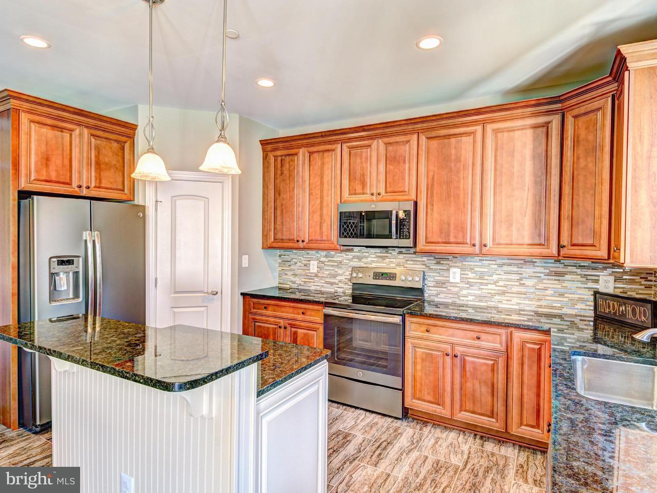 Частный односемейный дом для того Продажа на Stoneleigh Place Stoneleigh Place Hughesville, Мэриленд 20637 Соединенные Штаты