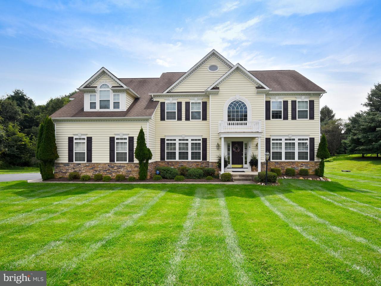 Частный односемейный дом для того Продажа на 5 LOCKSLEY Court 5 LOCKSLEY Court Phoenix, Мэриленд 21131 Соединенные Штаты