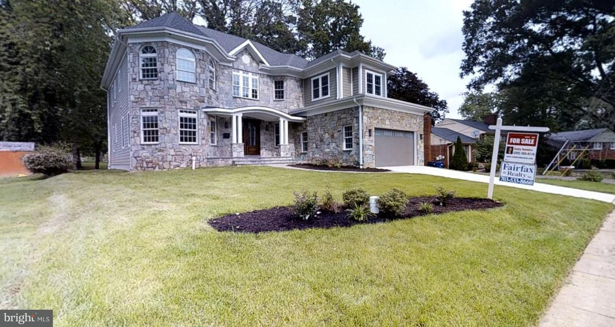 Single Family Home for Sale at 1436 MAYFLOWER Drive 1436 MAYFLOWER Drive McLean, Virginia 22101 United States