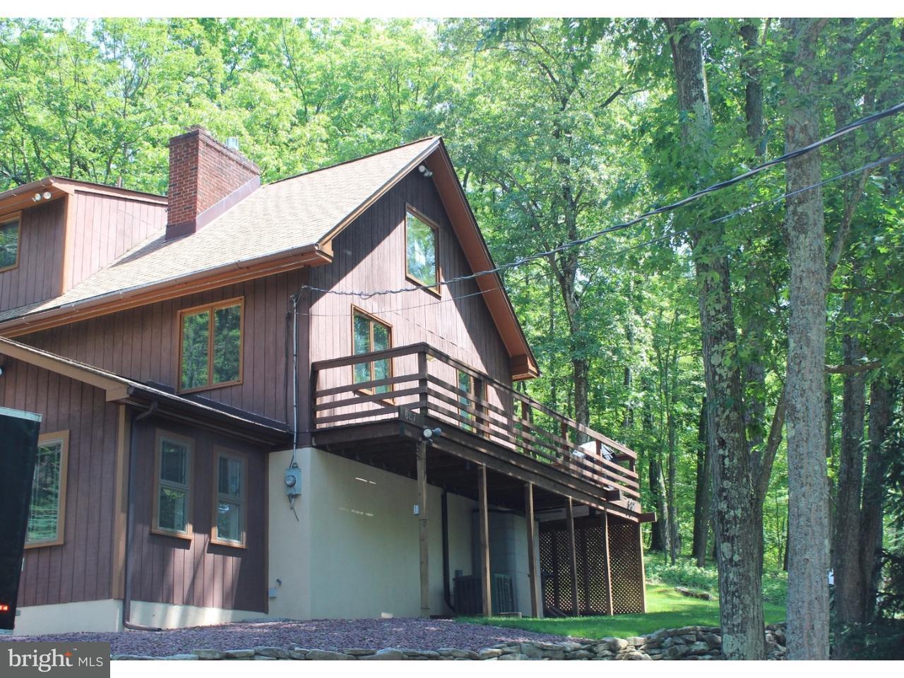 Частный односемейный дом для того Продажа на 687 TAHOE Lane Zion Grove, Пенсильвания 17985 Соединенные Штаты