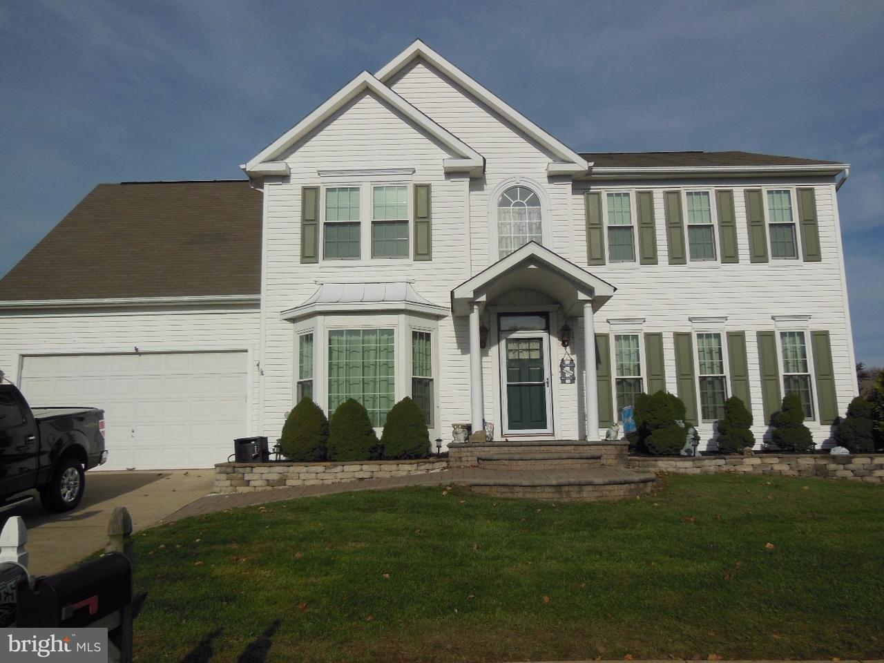Enfamiljshus för Försäljning vid 37 CANIDAE Street Burlington Township, New Jersey 08016 Usa