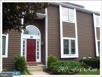Maison accolée pour l à louer à 240 FOX RUN Exton, Pennsylvanie 19341 États-Unis