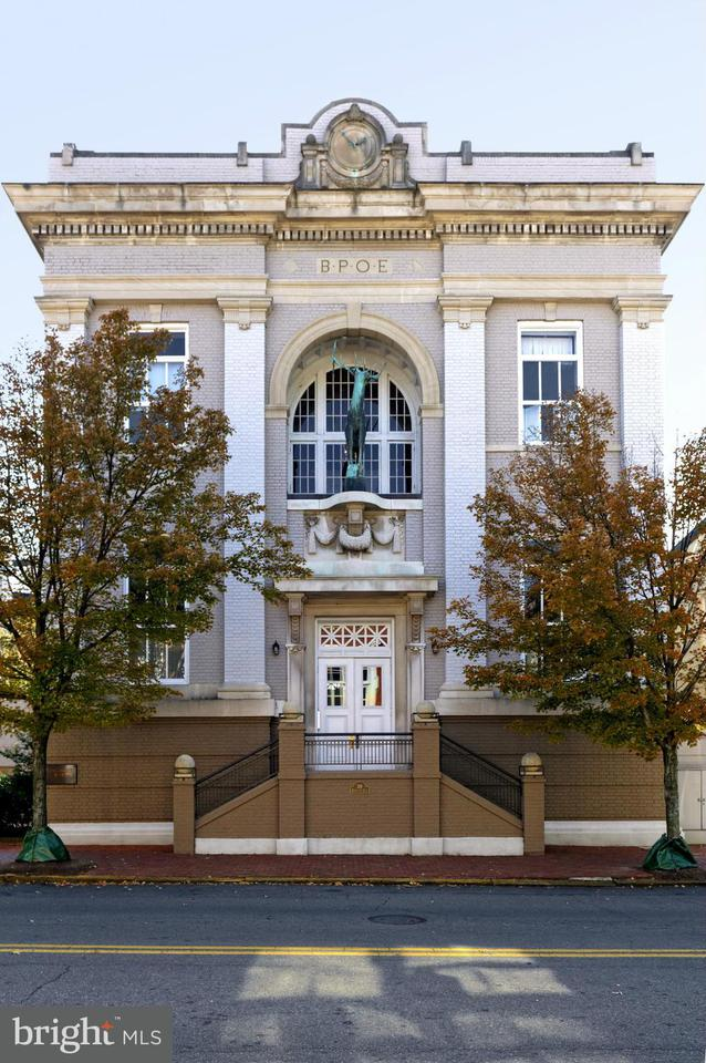 Condominium for Rent at 318 Prince St #5 Alexandria, Virginia 22314 United States