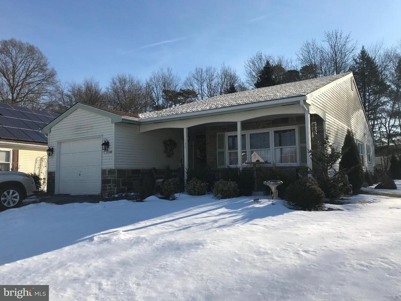 独户住宅 为 销售 在 184 DORCHESTER Drive Southampton, 新泽西州 08088 美国