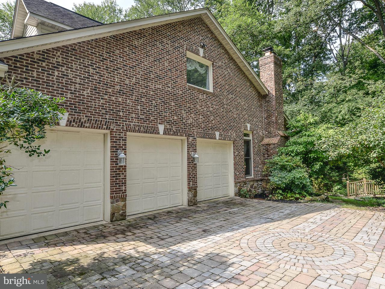 Additional photo for property listing at 3716 RUST Road 3716 RUST Road Annandale, Virginia 22003 Stati Uniti
