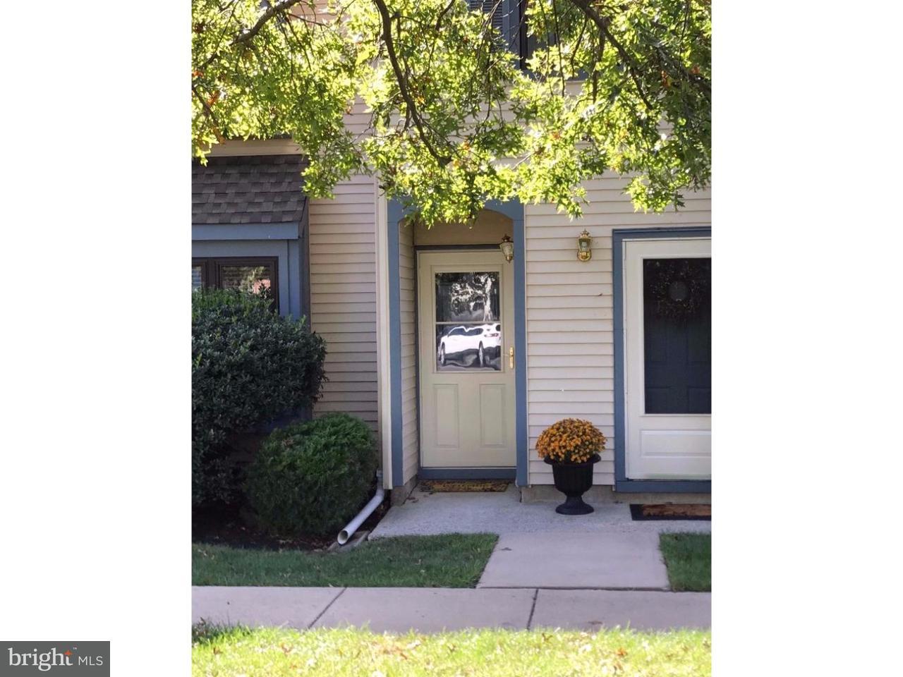 Casa Unifamiliar por un Alquiler en 40 WYNDHAM Place Robbinsville, Nueva Jersey 08691 Estados UnidosEn/Alrededor: Robbinsville Township