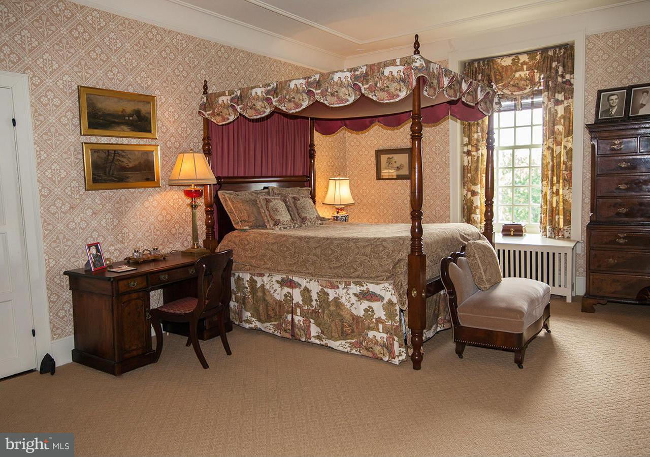 Additional photo for property listing at 445 RANDLESTON Lane 445 RANDLESTON Lane Bluemont, Virginia 20135 États-Unis