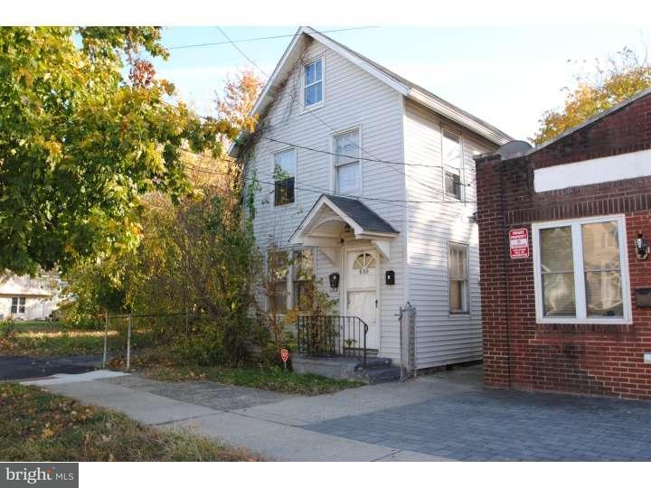 Duplex pour l Vente à 722 W 2ND Street Florence, New Jersey 08518 États-Unis
