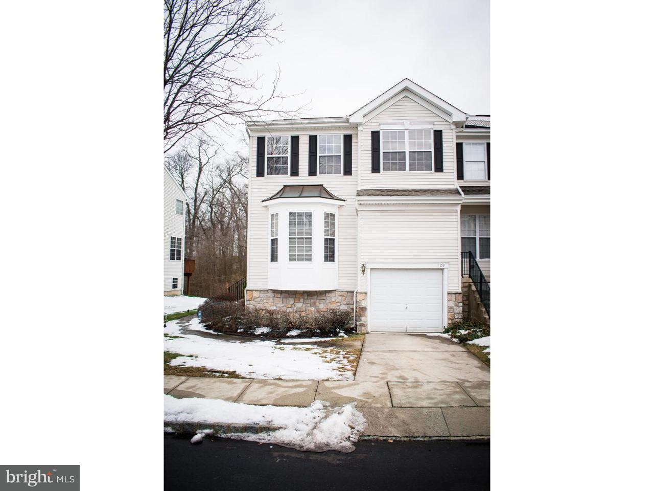 Casa unifamiliar adosada (Townhouse) por un Venta en 109 CASTLETON Road Delran Township, Nueva Jersey 08075 Estados Unidos