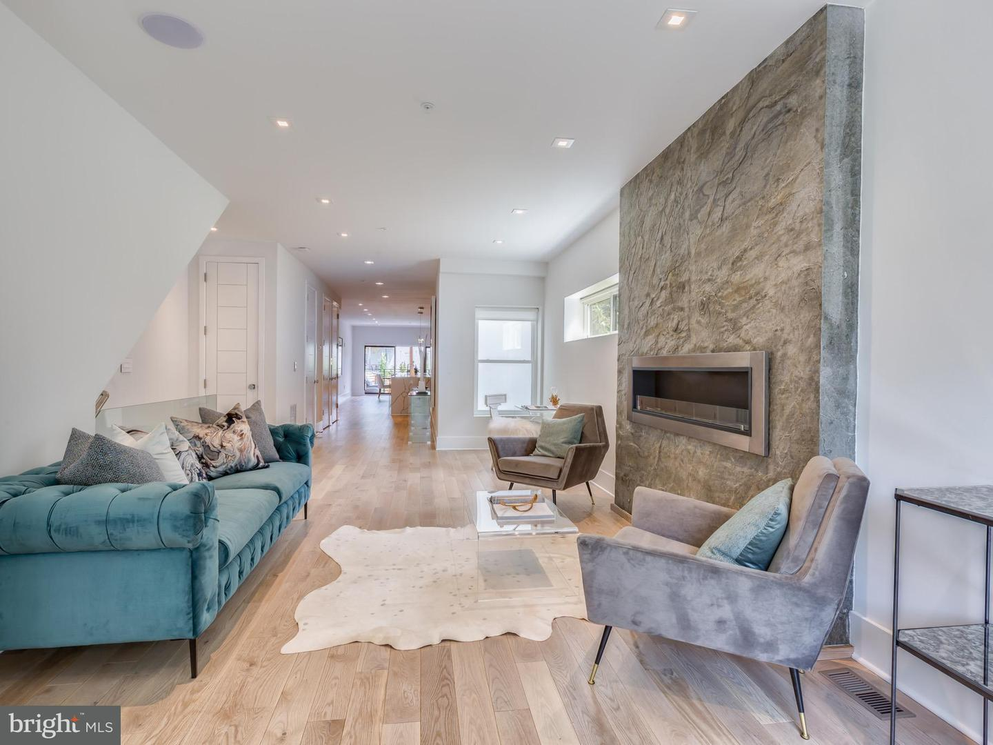 Single Family for Sale at 2515 Ontario Rd NW #1 Washington, District Of Columbia 20009 United States