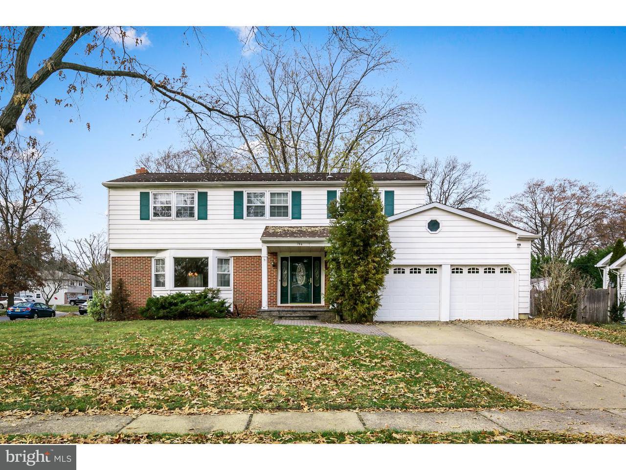 Частный односемейный дом для того Аренда на 106 RAMBLEWOOD PKWY Mount Laurel, Нью-Джерси 08054 Соединенные Штаты