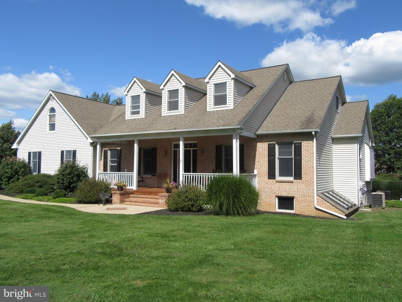 Casa Unifamiliar por un Venta en 1489 TURKEY TROT Road Warminster, Pennsylvania 18974 Estados Unidos