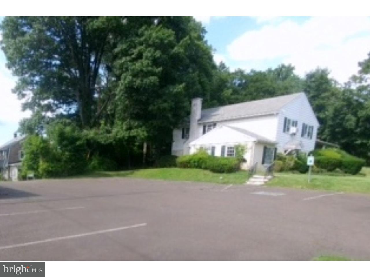 Single Family Home for Sale at 600 N BETHLEHEM PIKE Spring House, Pennsylvania 19002 United States