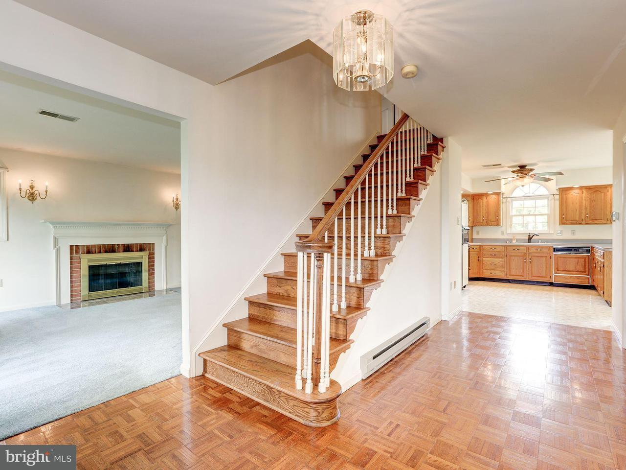 Частный односемейный дом для того Продажа на 19704 Toms Road 19704 Toms Road Boonsboro, Мэриленд 21713 Соединенные Штаты