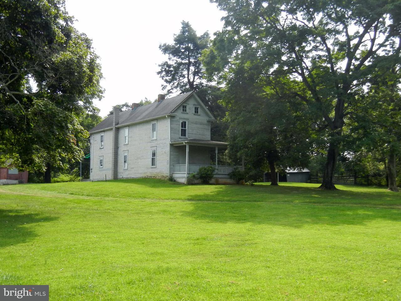 農場 のために 売買 アット 6636 FLOWING SPRINGS Road 6636 FLOWING SPRINGS Road Shenandoah Junction, ウェストバージニア 25442 アメリカ合衆国