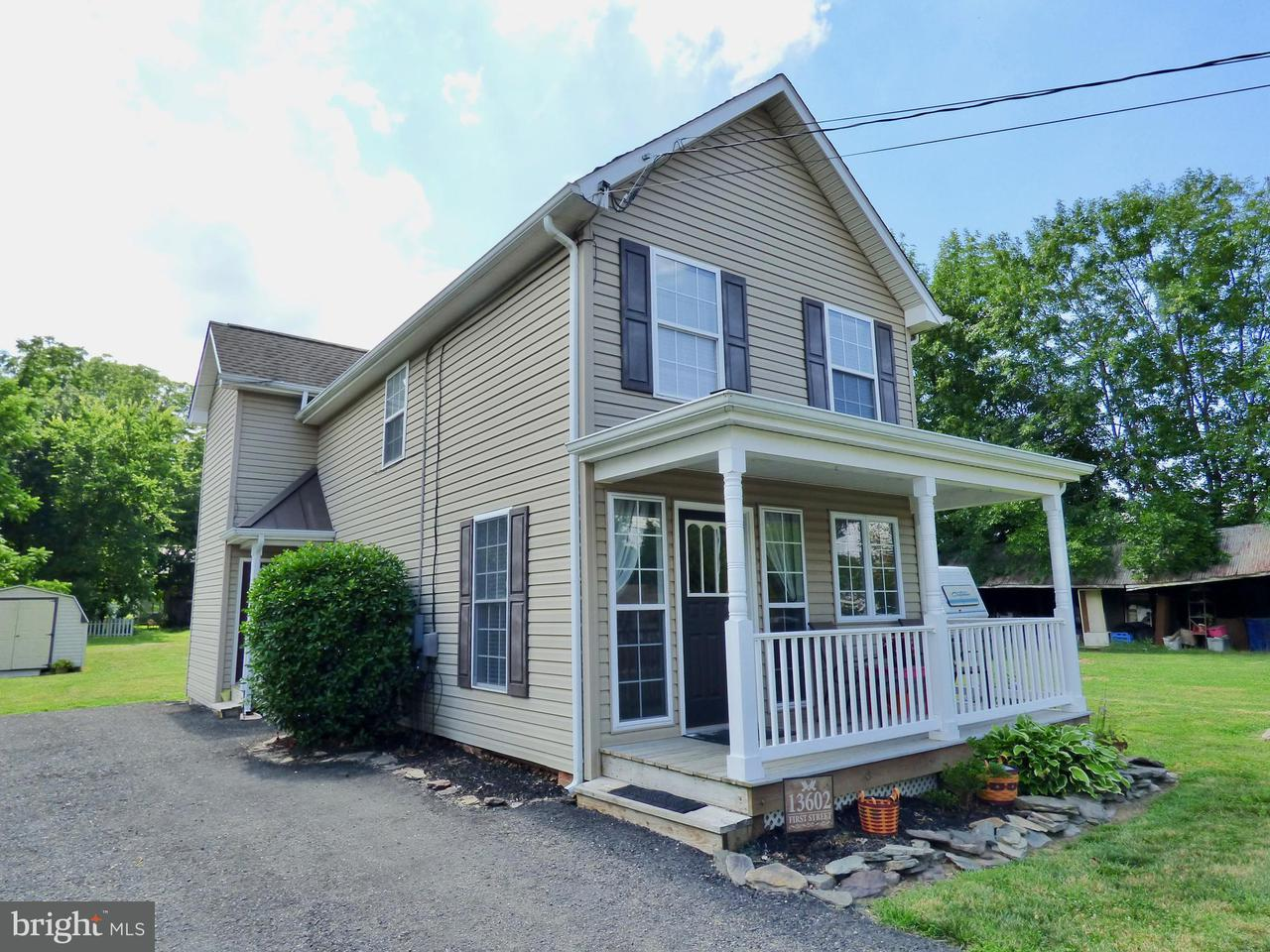Single Family for Sale at 13602 1st St Queen Anne, Maryland 21657 United States