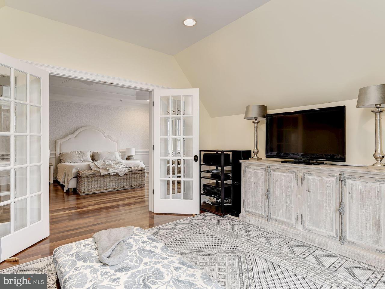 獨棟家庭住宅 為 出售 在 5214 OAKLAND Road 5214 OAKLAND Road Chevy Chase, 馬里蘭州 20815 美國