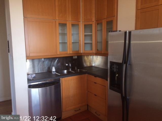 Additional photo for property listing at 1615 Q St NW #403  Washington, District Of Columbia 20009 United States