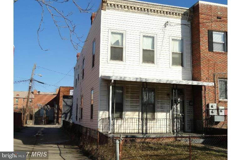 Single Family for Sale at 69 Q St SW Washington, District Of Columbia 20024 United States