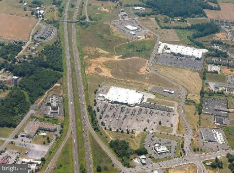 Commercial for Sale at 1 Henry Drive 1 Henry Drive Woodstock, Virginia 22664 United States